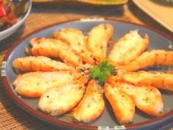 おもてなしに♪殻付き海老のレンジ蒸し(15分程度)