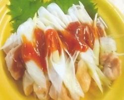 レンジで簡単 蒸し鶏の梅ソース(20分以下)